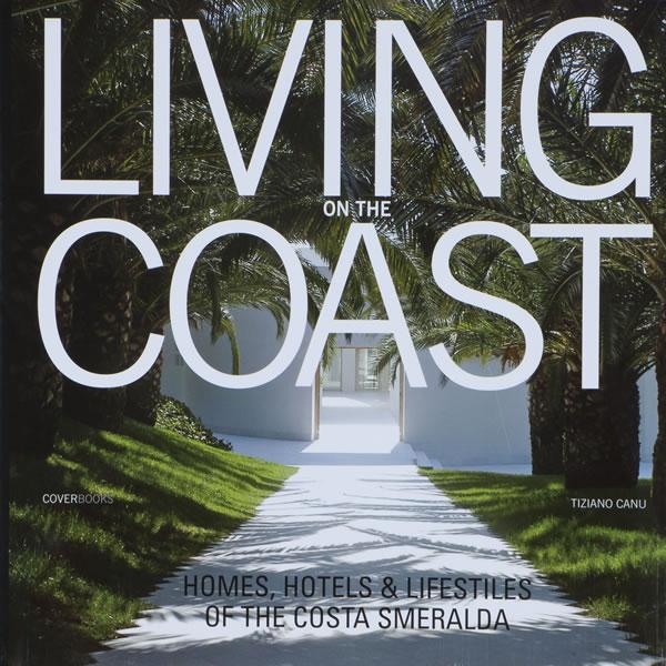 Copertina libro Living on the Coast